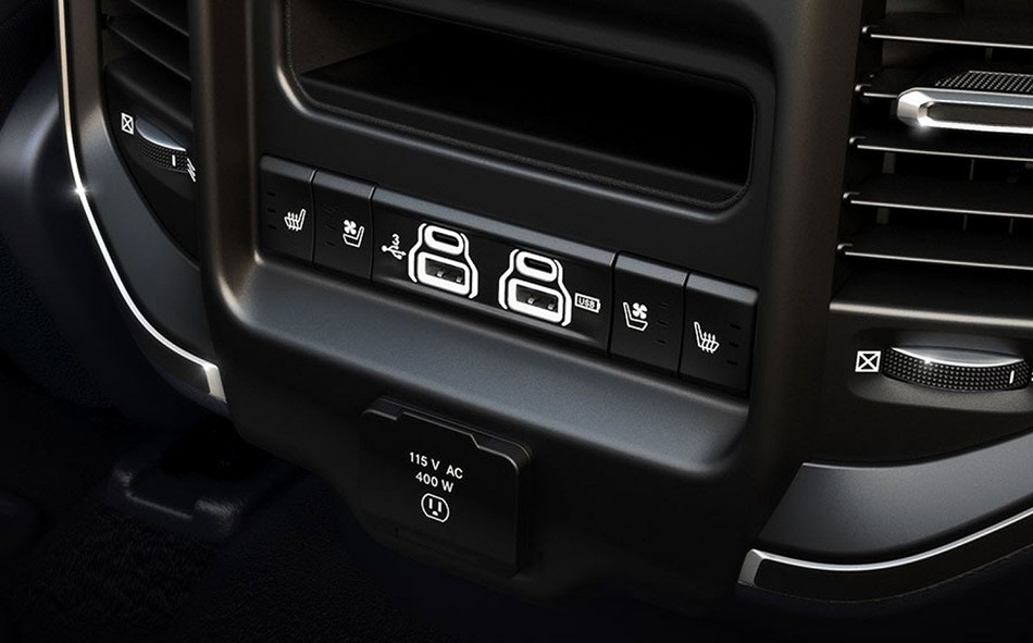 2019-Ram-1500-Interior-Technology